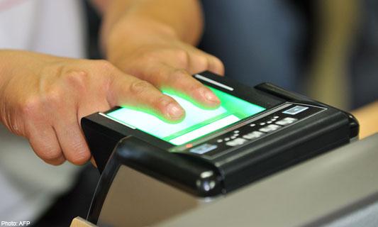 Fingerprint scanning for traveling procedure