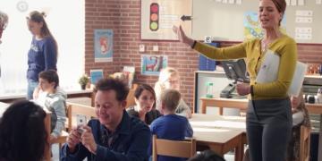 Juf Anke van De Luizenmoeder in de klas
