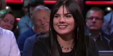 Famke Louise as a guest on De Wereld Draait Door in 2018