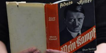 Reading mein kampf
