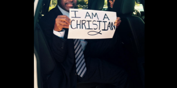 Ben Carson tweets '#IamaChristian' right after the Oregon shooting on October 2nd 2015.