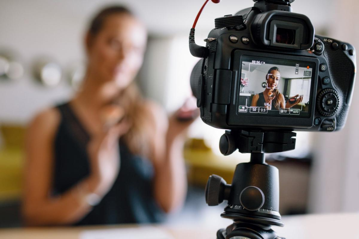 What makes a vlog a vlog? | diggit magazine